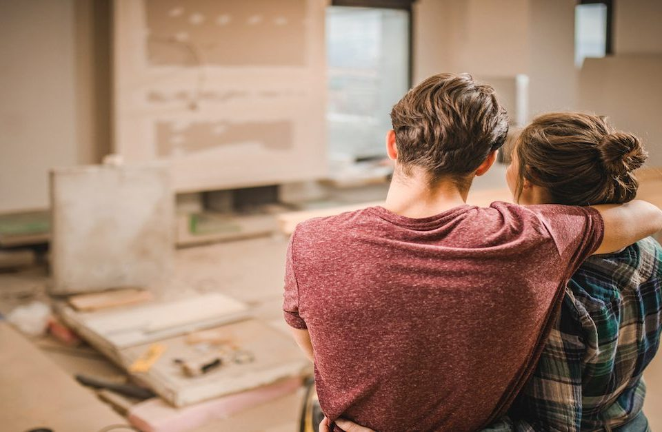 More Homeowners Renovating Instead of Moving Up